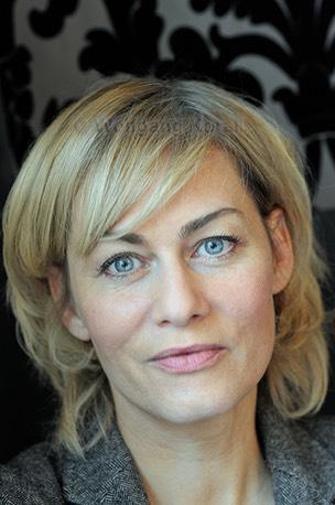 Gesine Cukrowski, Scha... Vera Farmiga